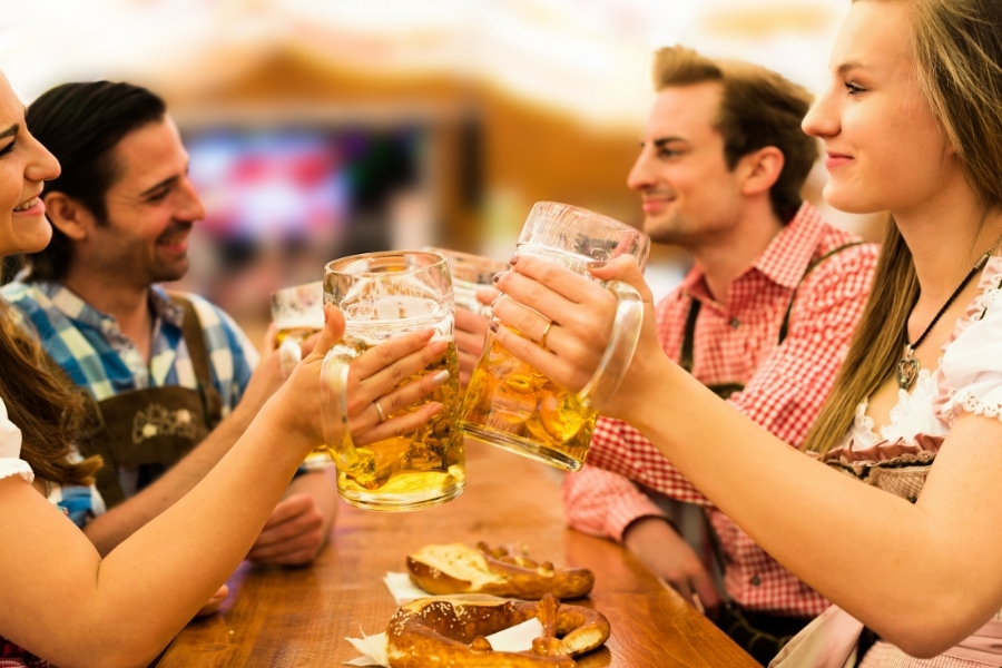 Find Oktoberfest events near your military base.