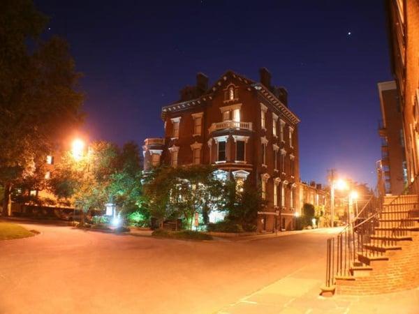 kehoe mansion on Savannah ghost tour