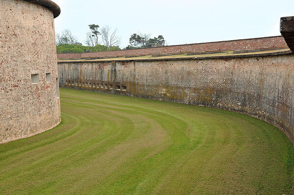 1200px-Fort_Macon_Moat