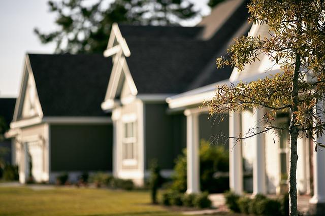 houses-691586_640_1.jpg