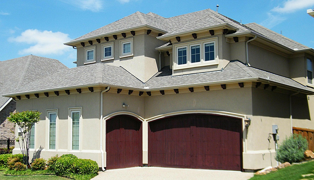 spanish-style-home-291663_1280.jpg