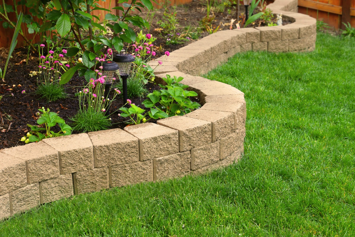 Landscaping for Instant Curb Appeal