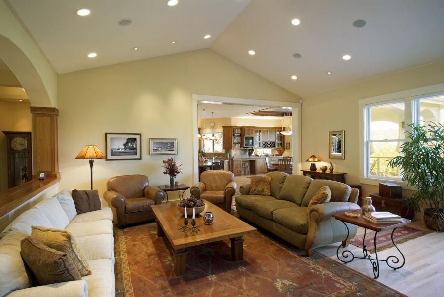 Use light, bright photos in your home listing so potential buyers can envision themselves in the space.