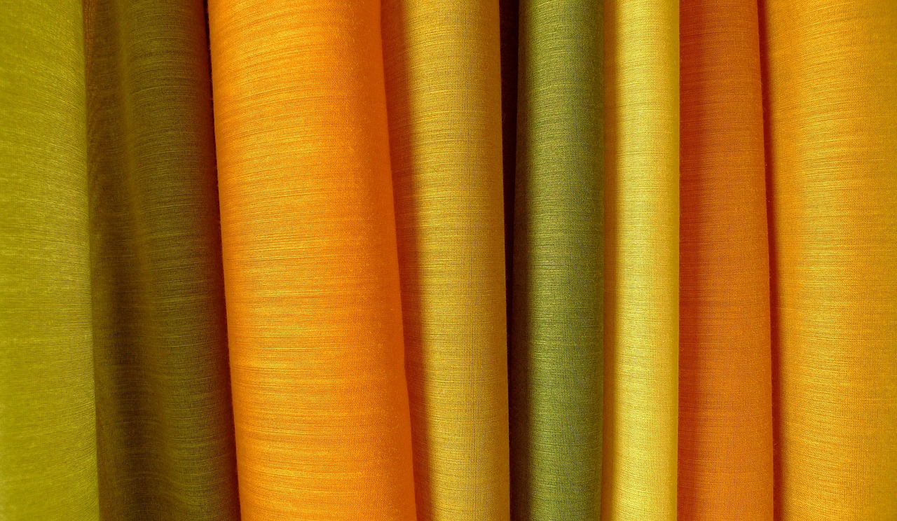 curtains_fabric-633594_1280.jpg