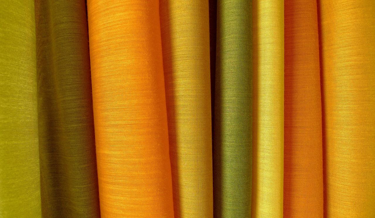curtains_fabric-633594_1280.jpg