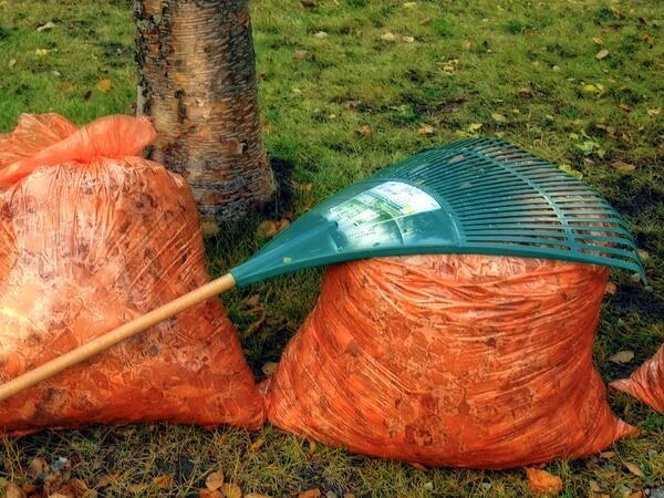 Tackle these fall home maintenance tasks.