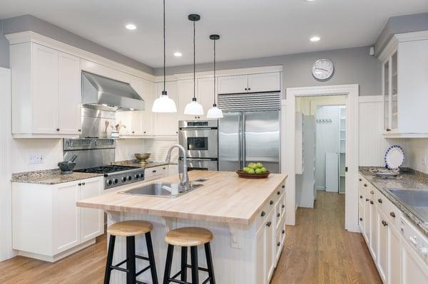 Kitchen AdobeStock_126794739-1