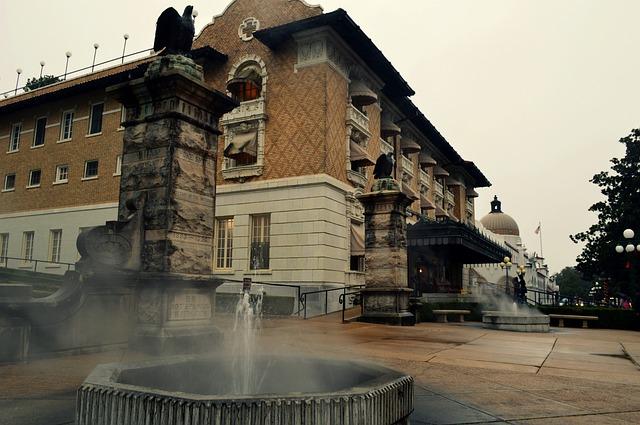 bathhouse.jpg