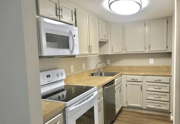 Apartment kitchen near Quantico