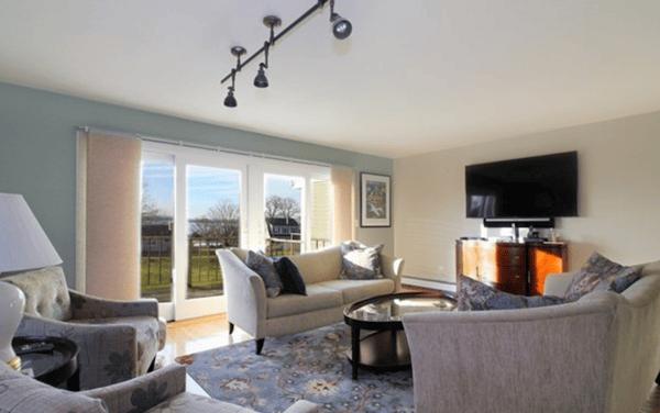 Second floor living area in Newport area rental home.