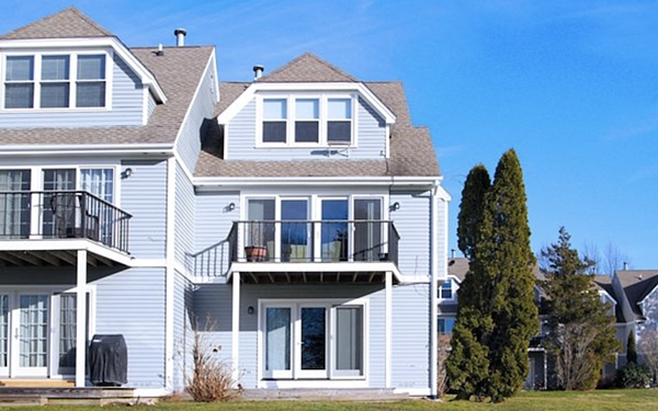 This fully furnished rental home is just minutes from Naval Station Newport.