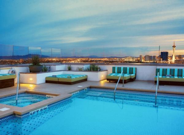 Las Vegas Apartment pool