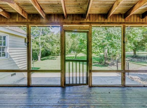 Montgomery Home Screened In Porch