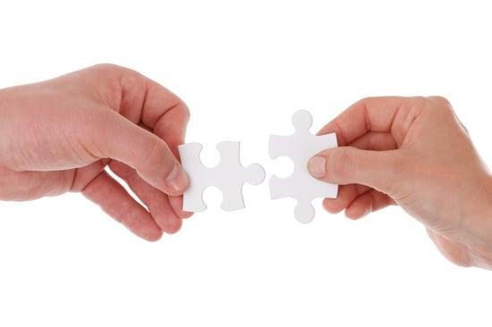 hands-holding-jigsaw-1392628325u9E.jpg