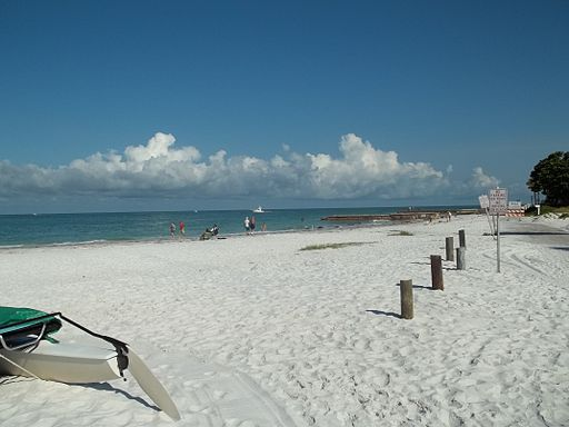 Sarasota_FL_Sanderling_Beach_Club01.jpg
