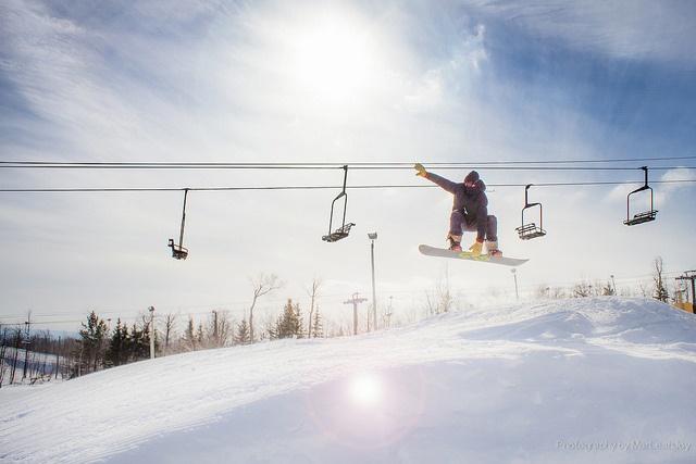 snowboarding_winter_travel