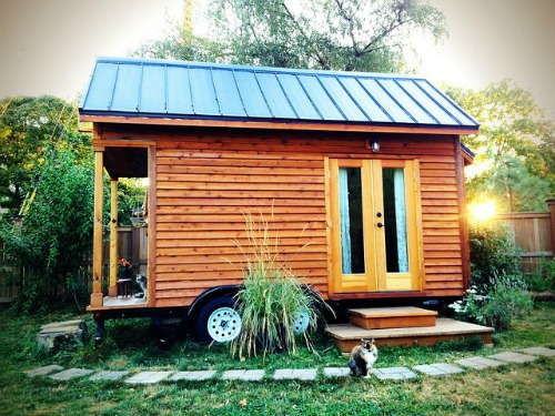 tiny_house.jpg