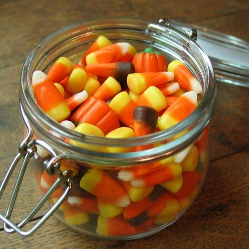 Candy_corn_in_a_jar.jpg