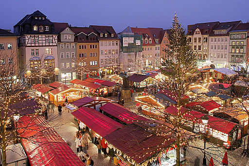 Christmas_market_military_overseas