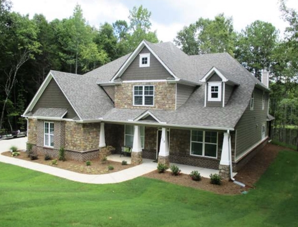Hamilton Georgia Home for Sale - Edgewater Drive