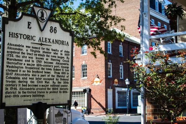 Historic Alexandria sign