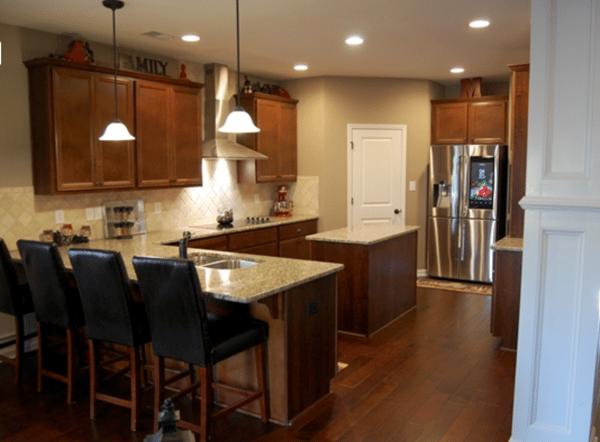 Edgewater Drive kitchen