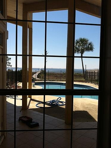Navarre Florida home with pool
