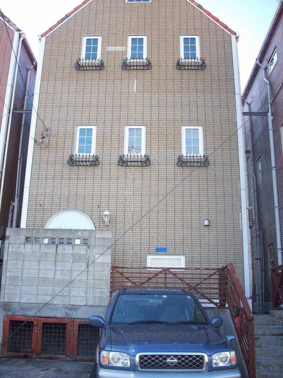 Oki House.jpg