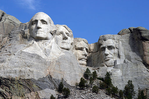 Dean_Franklin_-_06.04.03_Mount_Rushmore_Monument_by-sa.jpg