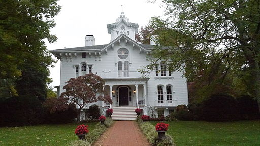 Bed and breakfast near Quantico, Virginia.