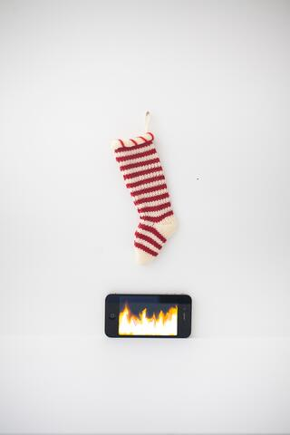 iphone-fire-and-stocking-2