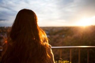 woman-enjoying-the-sunset
