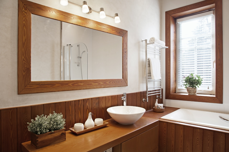 nice_bathroom_Dollarphotoclub_52398300.jpg